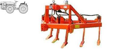 ripper-trattore-attrezzature-agricole-calandrini-savignano-sul-rubicone
